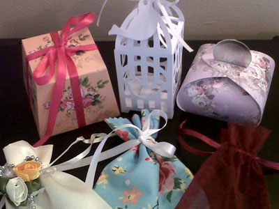 A small selection of bags and boxes available for favours