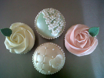 Pretty little Wedding Favour Cupcakes